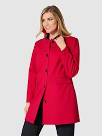 Kabát s tvarujícím šitím