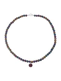 Kjede av regnbue-agater med lillafarget krystallkule