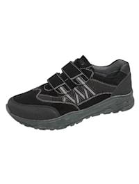 Slipper obuv s moderným dizajnom