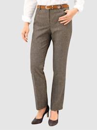Nohavice s grafickým vzorom