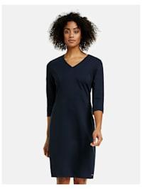 Figurbetontes Kleid mit 3/4 Arm