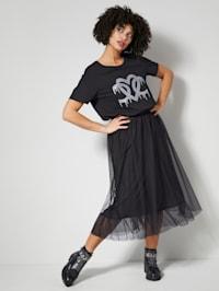 Tylová sukňa v modernej dĺžke