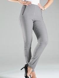 Kalhoty v strečové kvalitě