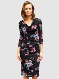 Pouzdrové šaty v meshové kvalitě