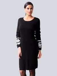 Pletené šaty s ekluzívnym Alba Moda žakárovým vzorom