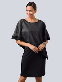 Šaty s asymetrickou vrstvou