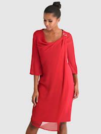 Šaty so šifónovou vrstvou