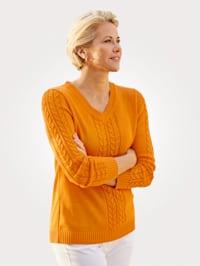 Pullover mit Zopfmuster-Elementen
