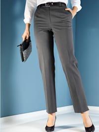 Pantalon petite fente au bas des jambes
