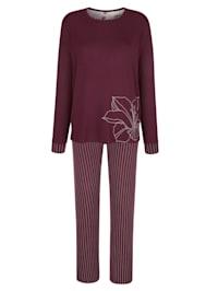 Pyjamas med motiv på överdelen