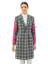 Ruudullinen takki – hihoissa applikointi