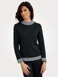 Pullover mit Stehbund