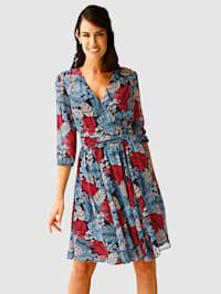 Klänning med tryckt bladmönster