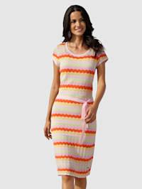 Pletené šaty s ažurovým pletením a proužkovým vzorem