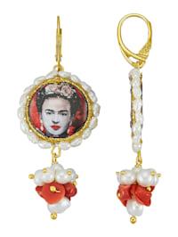 Frida Kahlo -helmikorvakorut koralleilla