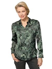 Blouse with a bold print