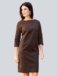Kleid im Streifendessin allover
