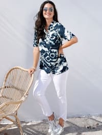 Bluse mit modischem Batikdruck