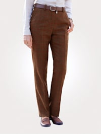 Trousers in a houndstooth pattern