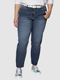 Jeans med nitar