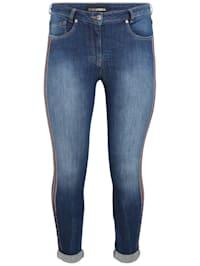 Jeans mit Glitzer-Details