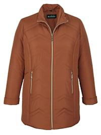 Prešívaná bunda s pekným prešívaným vzorom