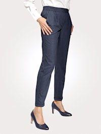 Pull-on trousers with tonal piping