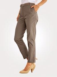 Pantalon chino 7/8 en coton mélangé extensible