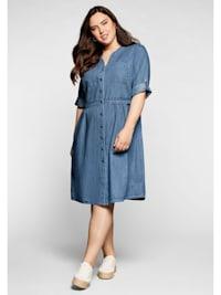 Jeanskleid mit Knopfleiste und hoher Taille