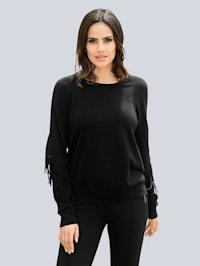 Pullover mit Fransenverarbeitung am Arm