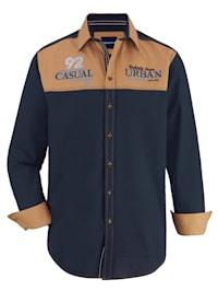 Košile s kontrastním prošíváním