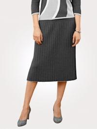 Pletená sukně s plisovanými záhyby