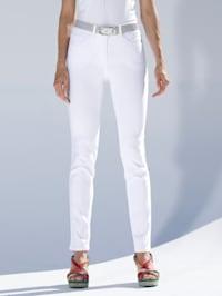 Džínsy v elastickej kvalite