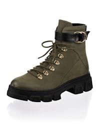 Boot im Materialmix