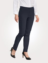 Pull-on trousers with a slim leg