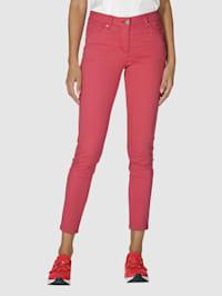 Nohavice v obľúbených farbách