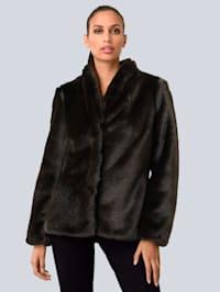 Jacke in kuschelweicher Fake Fur Qualität