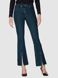 Jeans met split aan de zoom