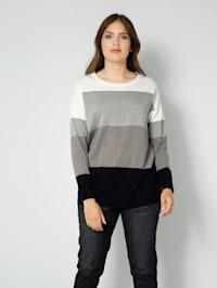 Pullover in Streifenoptik