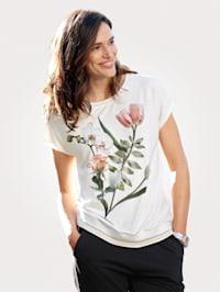 Tričko s květinovým motivem
