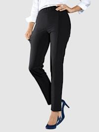 Nohavice z extra strečového materiálu