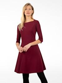 Jerseykleid aus weichem, matt-glänzendem Jersey