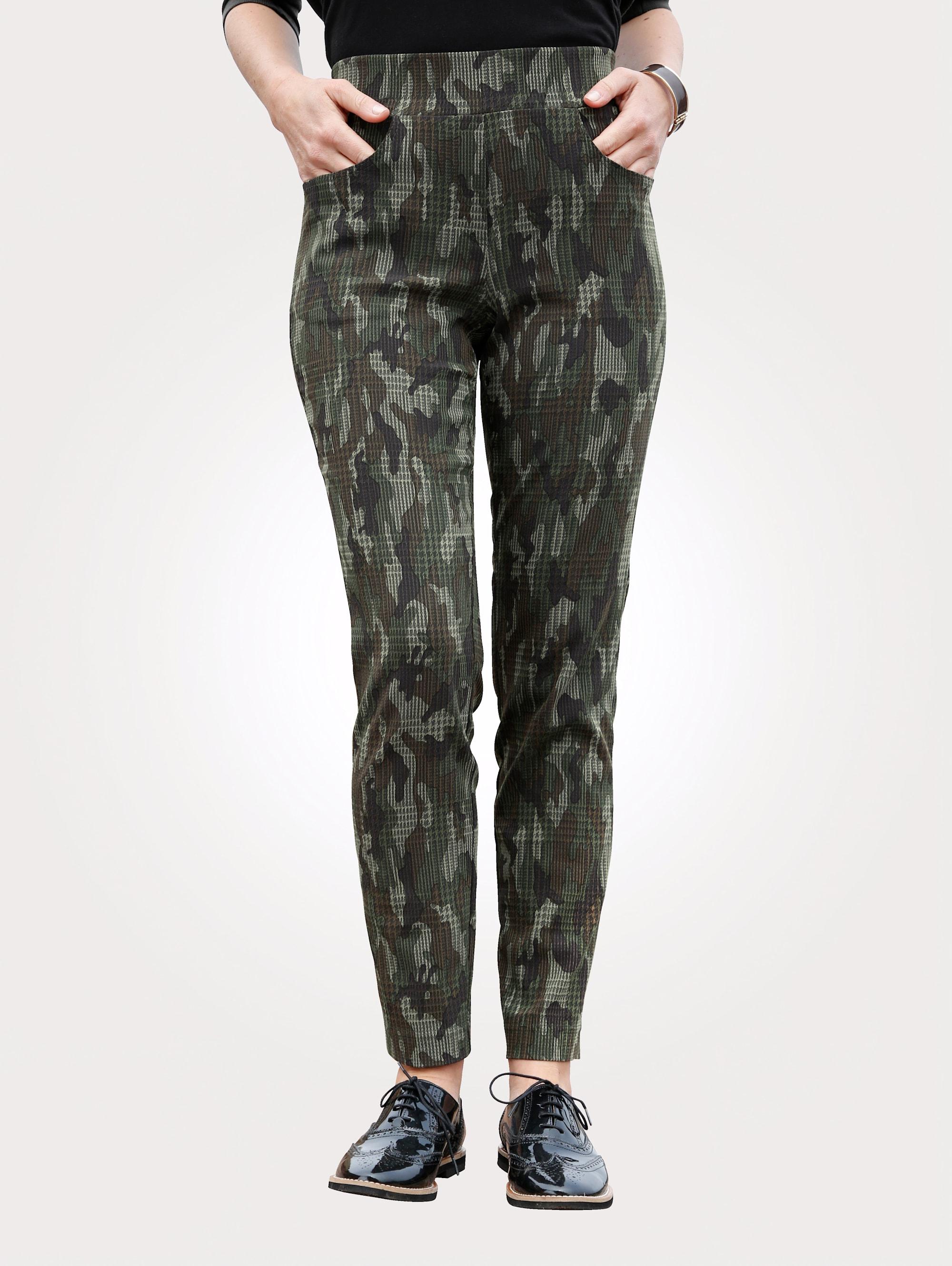 MONA Schlupfhose mit Camouflage-Muster uduoK 48lHU
