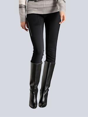 Hose mit modischen Zipper-Details