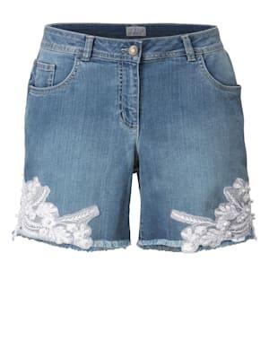Jeansshorts mit Stickerei