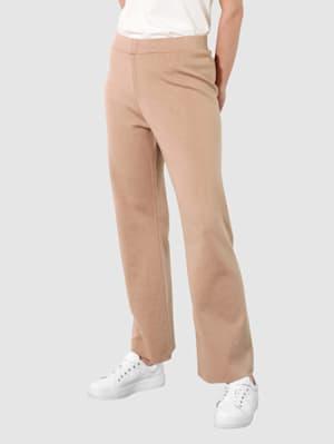 Bukse i strikket materiale