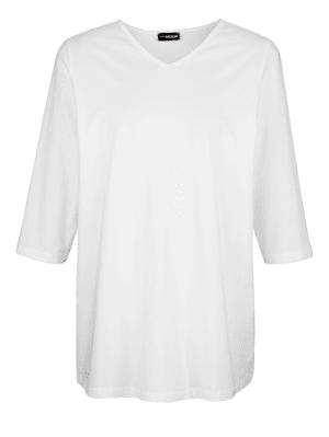 T-shirt à encolure en V flatteuse