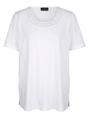 T-shirt avec jolie dentelle crochetée à l'encolure