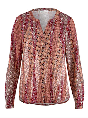Blouse made from a soft fabric