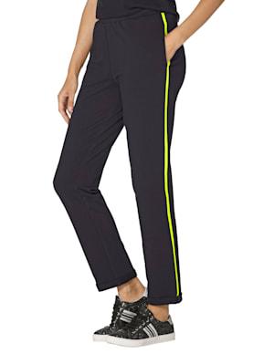 Pantalon molletonné à rayures fantaisie contrastantes